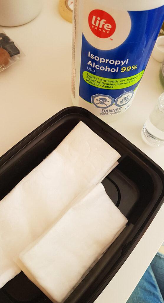 自製酒精濕紙巾帶上飛機使用