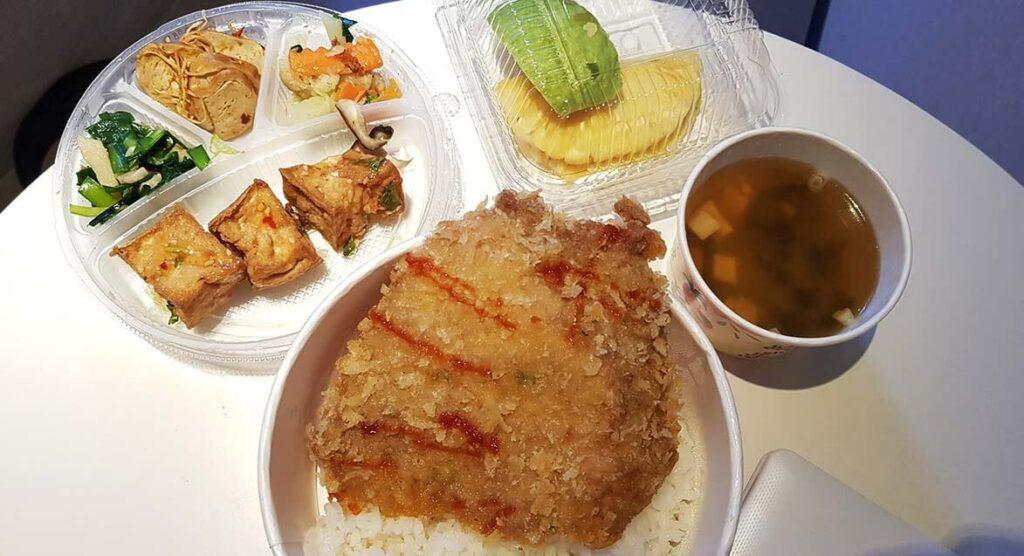 防疫午餐(旅館自己出餐)