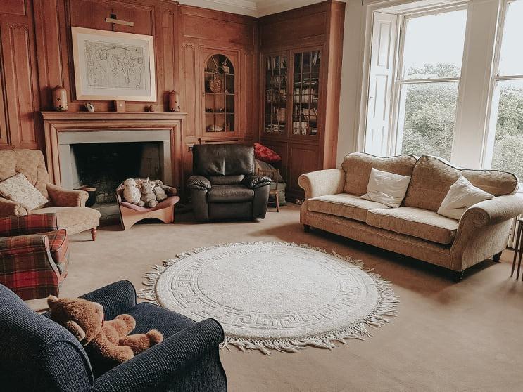 加州友人定居蘇格蘭小島的大房子,總給我夢想空間